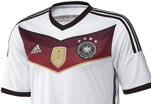 Camiseta oficial de Alemania para el Mundial de Fútbol. Haz clic para  comprarla. 3c854a8dd7a03