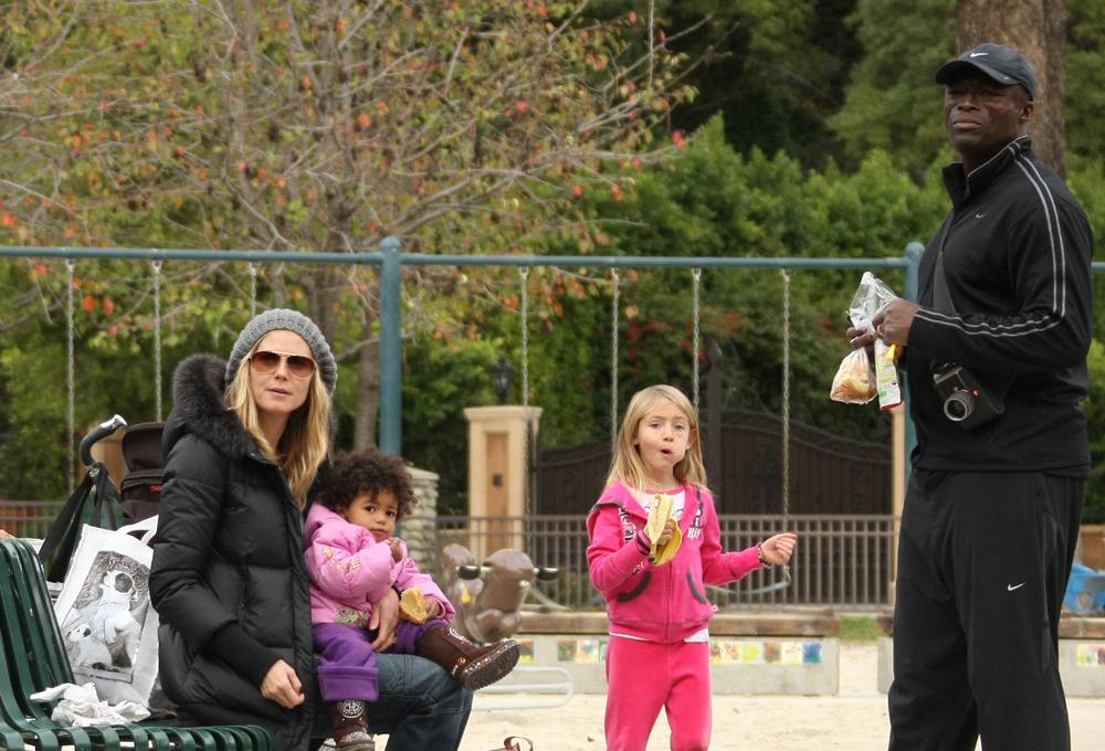 December 26, 2010: Heidi Klum, Seal, son Johan Samuel and daught