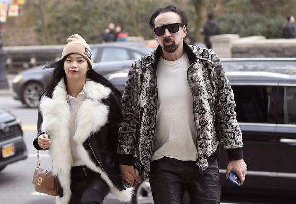 Nicolas Cage y Riko Shibataq