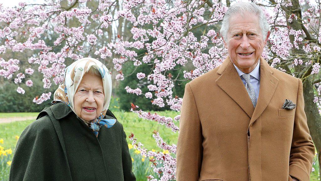 Isabel II y Carlos