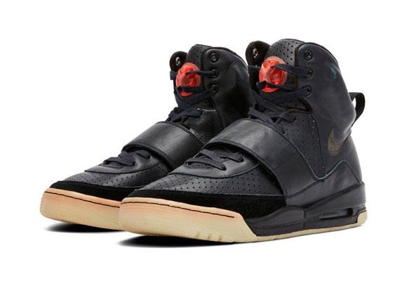 Nike Yeezy Empire
