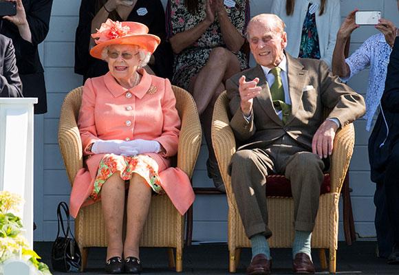 Isabel II y duque Edimburgo
