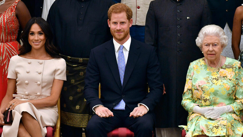 Isabel II, Harry y Meghan