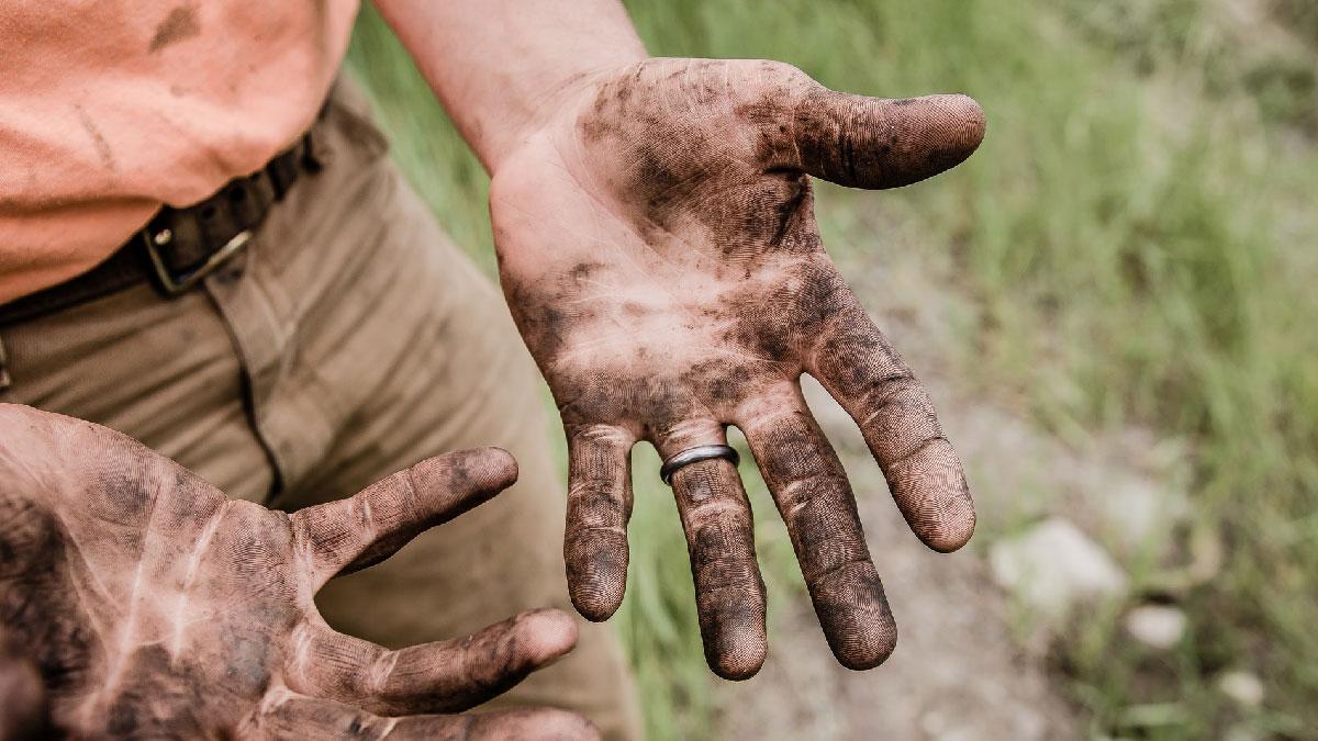 manos sucias