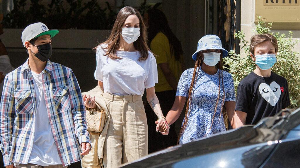 Angelina Jolie e hijos