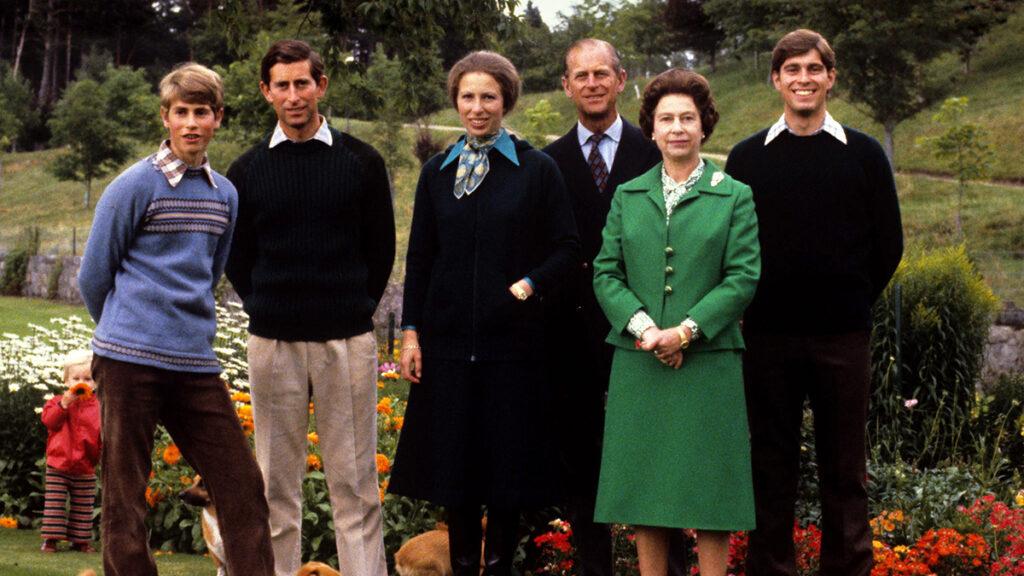 familia real en balmoral