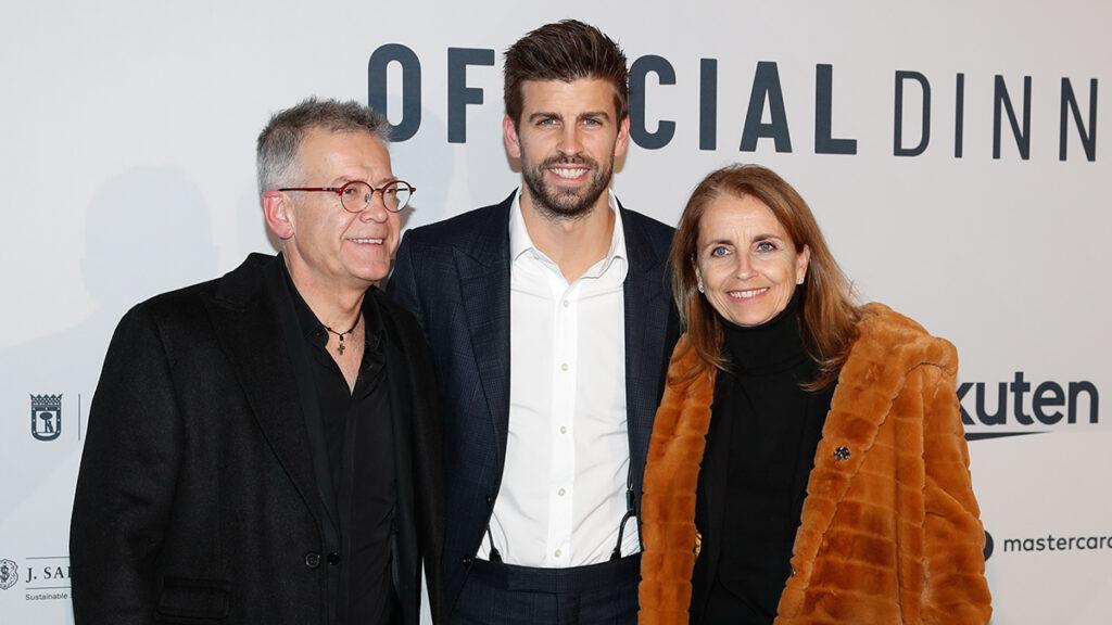 Gerard Piqué y padres
