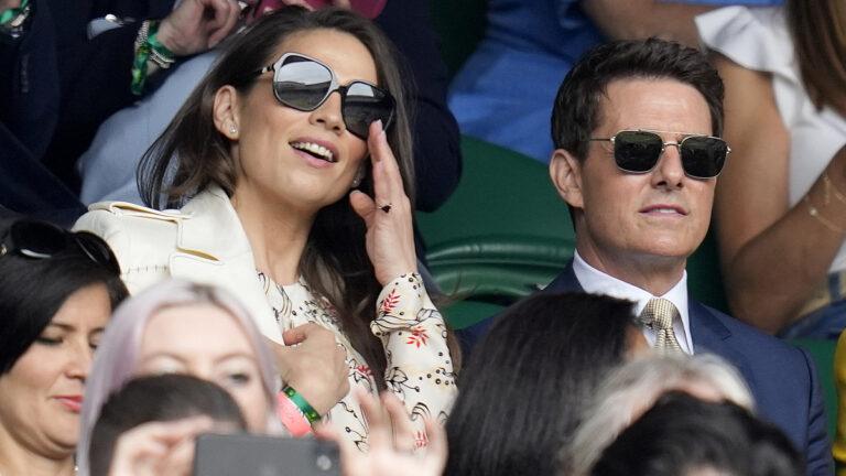 Tom Cruise y Hayley Atwell